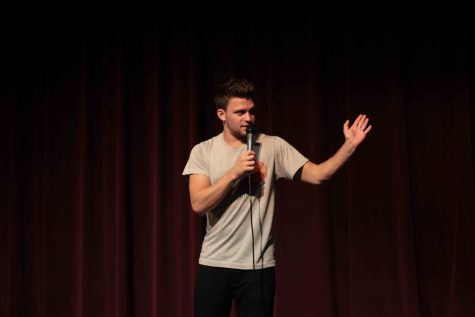 SNL comedian comes to AACC