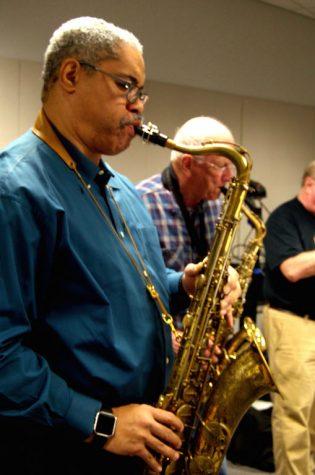 Jazz ensemble ready for show