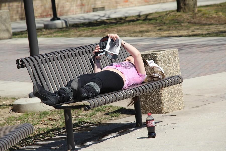 THE TOP 9 SPOTS TO SNOOZE ON CAMPUS