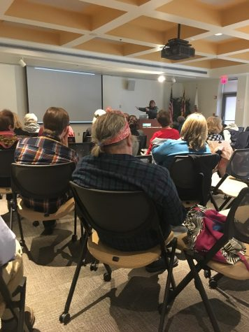 Ken Kewley speaks to students in the CADE building.