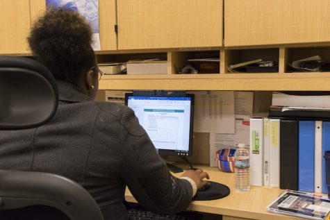 Students find online courses more convenient than face-to-face classes.