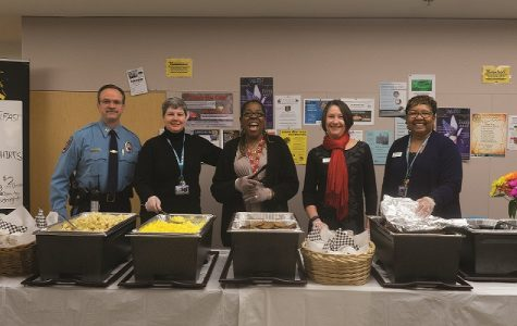Student Engagement hosts free breakfast