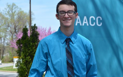 SGA candidate withdraws from president's race