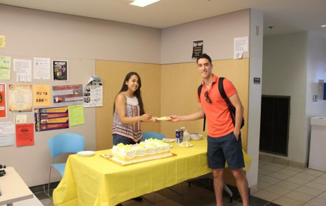 Latino Club kicks off Hispanic Heritage Month with tres leches cake
