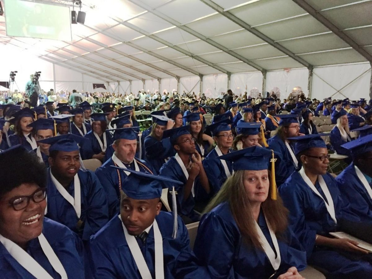 More+than+46+percent+of+non-white+students+who+started+at+AACC+in+2012+graduated+or+transferred+by+2016.%0A