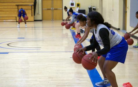 Women's Bball is ready to face new challenges