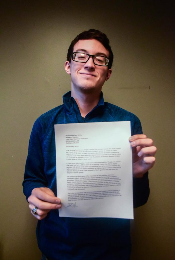 SGA+President+signs+letter+to+federal+official