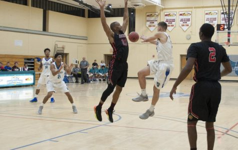 Men's Bball scores low throughout fall season