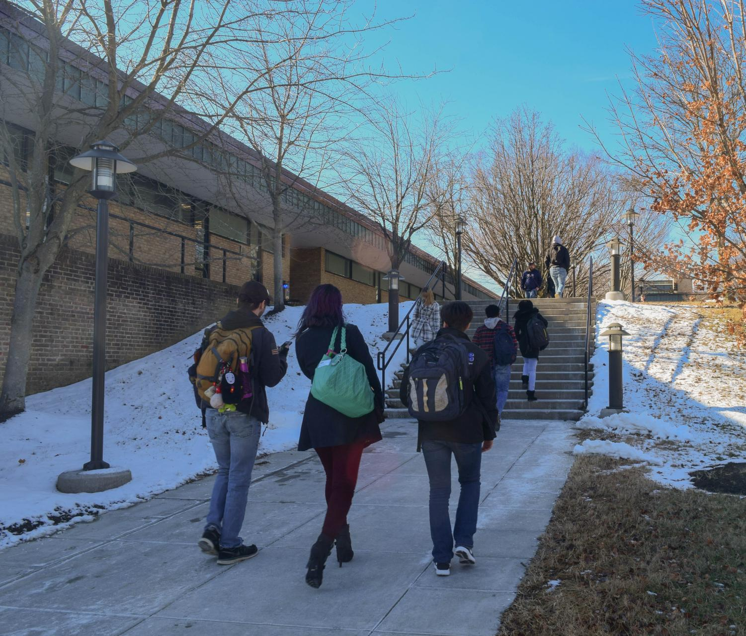AACC's Arnold campus opened late on the first day of classes due to snow. Photo by Raquel Hamner