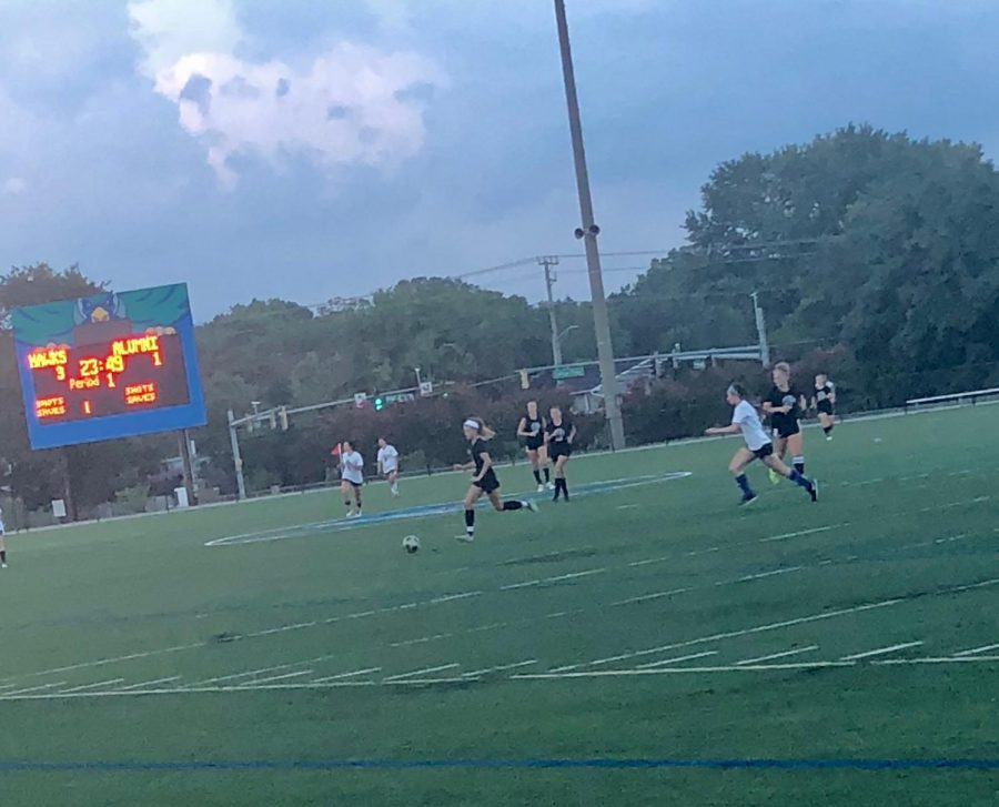 Women%27s+Soccer+plays+alumni+in+home+scrimmage
