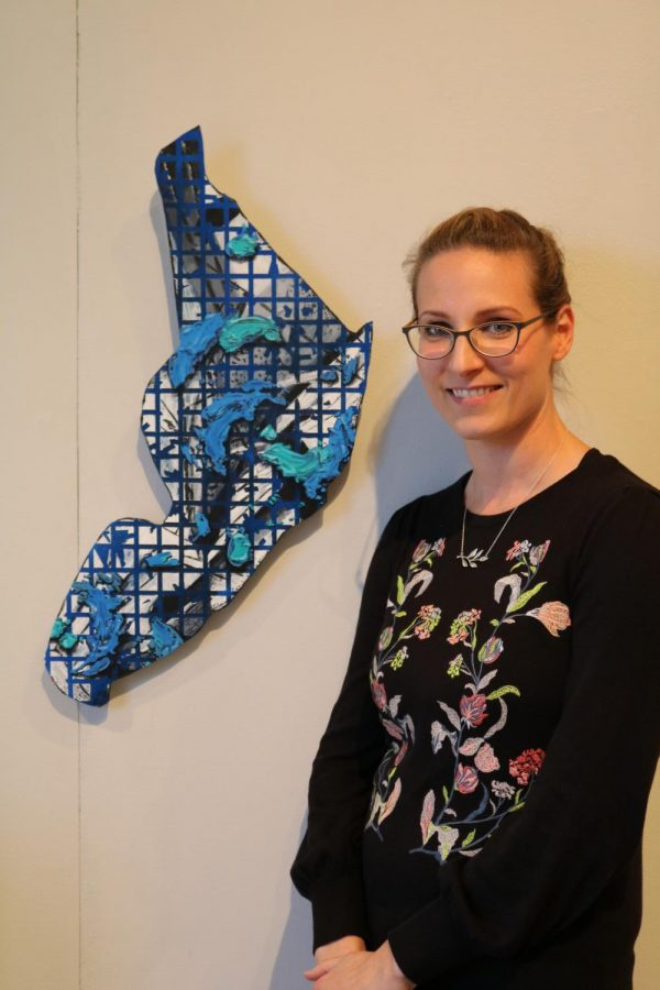 Art professor Lindsay McCulloch used her sabbatical last semester to design a new abstract art class for the college and create nine original paintings.