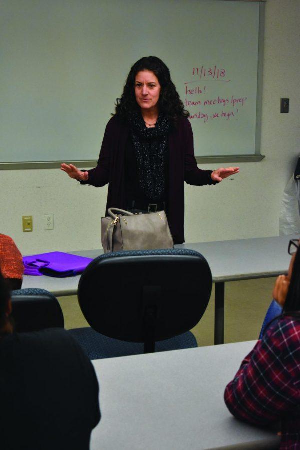 Education+professor+Jen+Lara+teaches+AACC+employees+to+be+life+coaches.