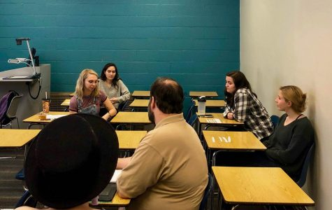 Active Minds club meets to discuss impact of social media