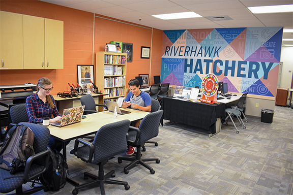 The Hatchery, a resource for students looking to start their own businesses, celebrates its 10th anniversary. Pictured: third-year psychology and entrepreneurial student Elizabethe Overton (left) and second-year business student Daniel Levy.