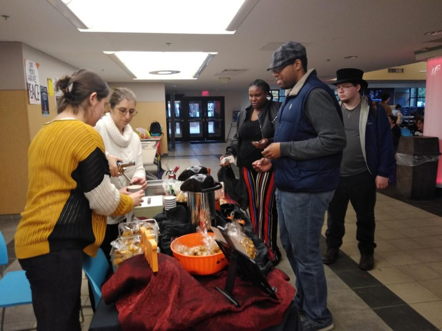 The AACC Culinary Club sells pumpkin spice cookies and spiced caramel leche to students.