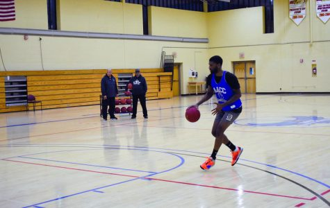 First-year transfer studies student and guard/forward Davon Jones practices.